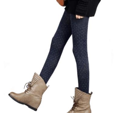 Come usare vestiti estivi in inverno collant in lana