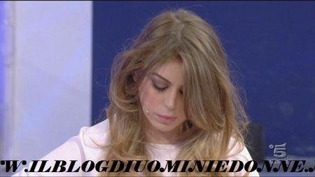 Alessia delusa dal comportamento del tronista Aldo