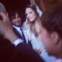 Foto di Luara Chiatti e Marco Bocci all'uscita dal matrimonio