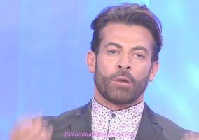 Gianni Sperti si dichiara risentito per le offese ricevute su facebook dopo la puntata di Uomini e donne