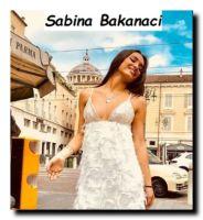 Modella Sabina Bakanaci a Temptation Island