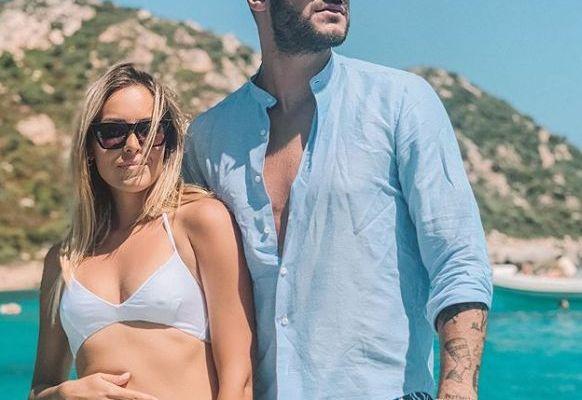 Claudia Dionigi incinta di Lorenzo Riccardi? Ecco l'indizio che fa pensare