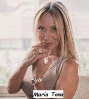Maria Tona attrice italiana , imprenditrice e corteggiatrice del trono Over di Uomini e donne di Maria de Filippi