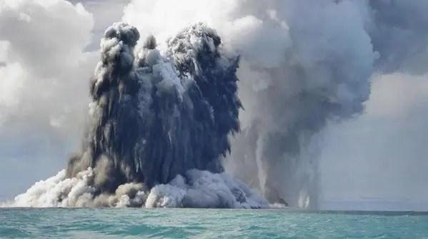 fumi vulcano