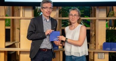 Dario Monti premia la startup