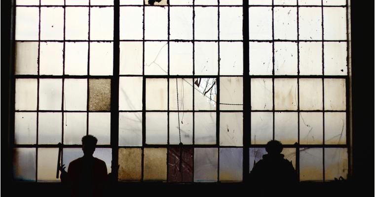 Amore ferito: Davide si racconta agli studenti in visita al carcere di Torino