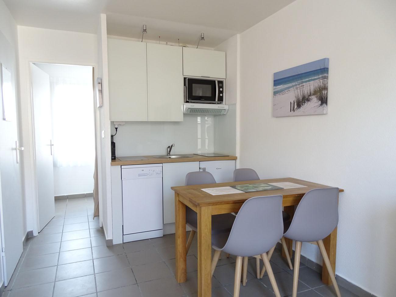 Location Appartement Ile de Ré - Valene - Cuisine