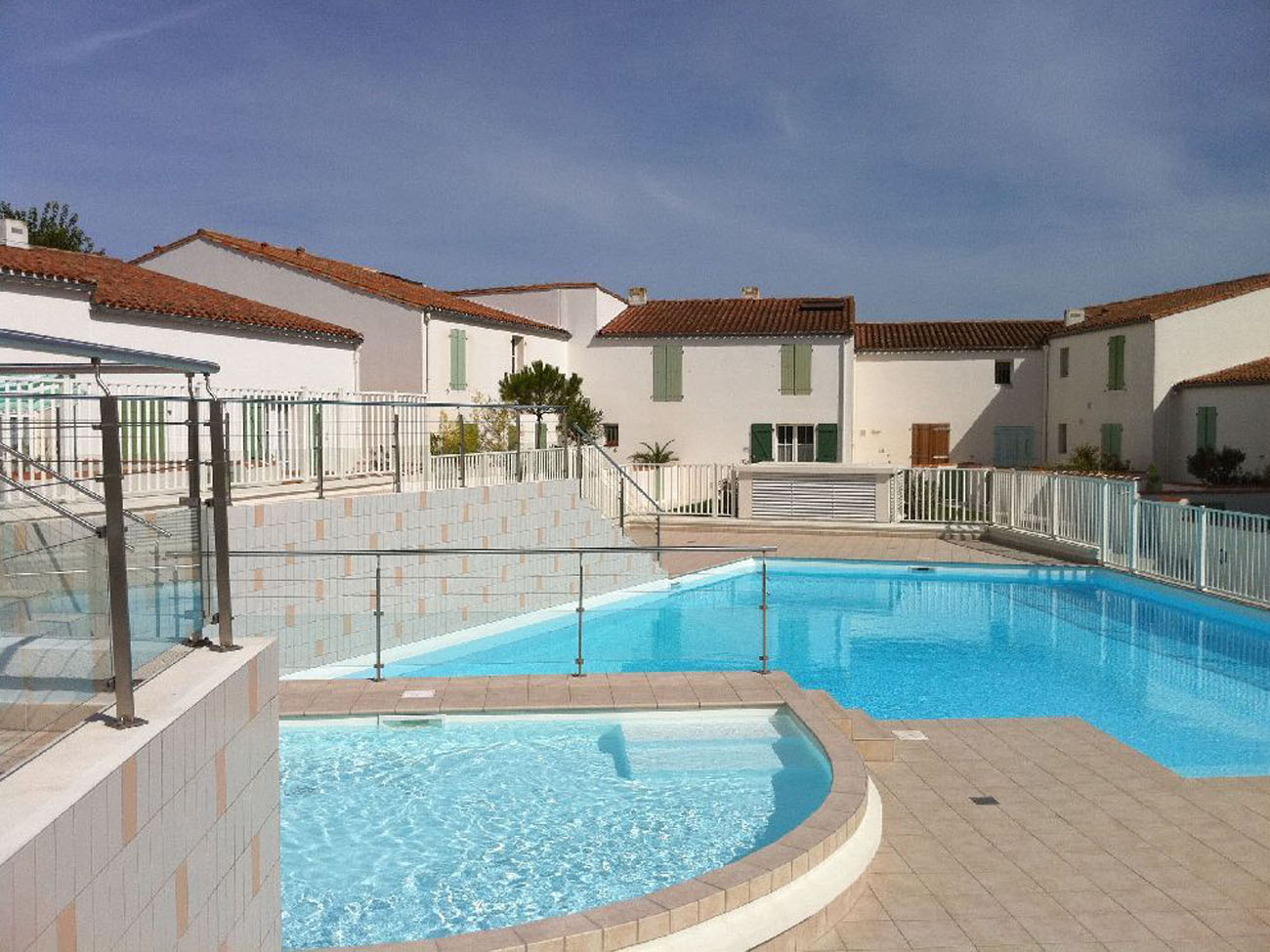 Location Appartement Ile de Ré - Vue-Mer - Piscine