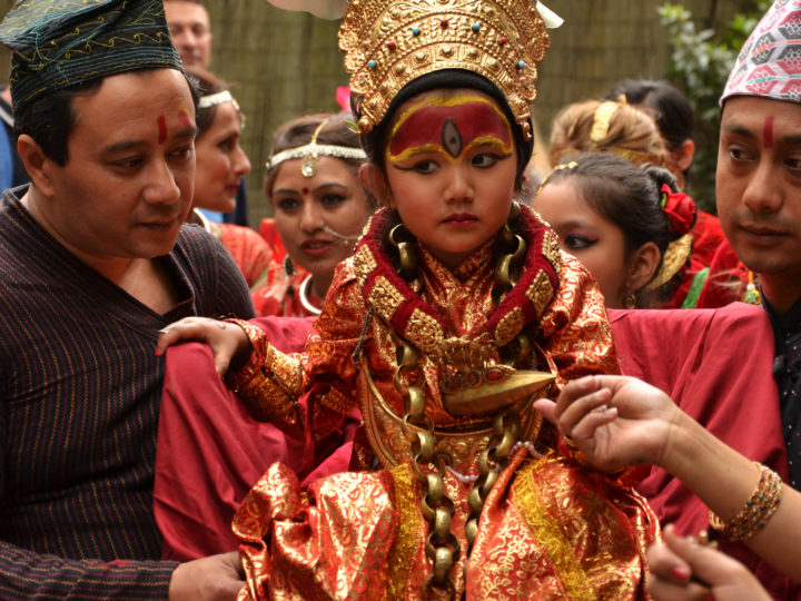 Népal-en-Vincennes et l'enfant-déesse Kumari