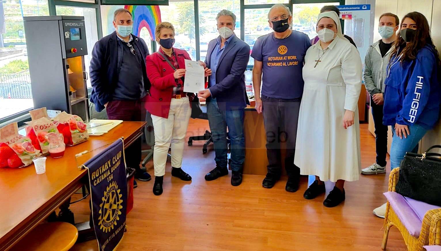 Solidarietà: Rotariani e militari americani della NAS Sigonella al Talità Kum di Librino per un progetto di pulizia straordinaria