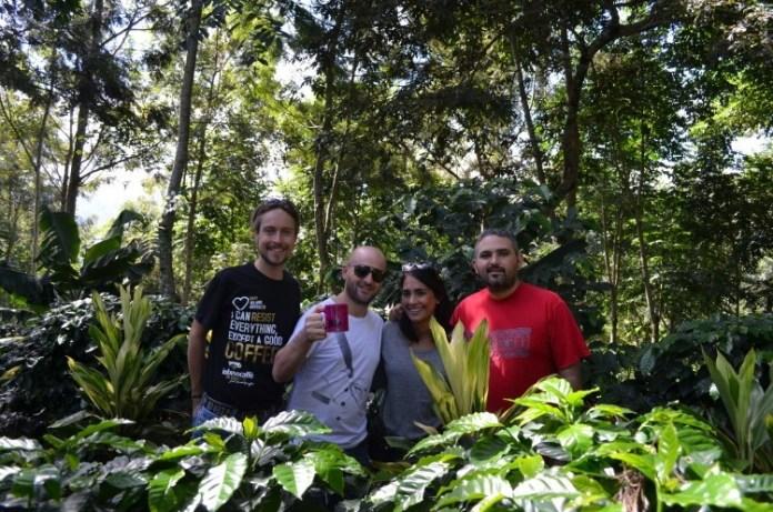 BaristaeFarmer_da sn Andrej Godina, Francesco Sanapo e Rebecca Atienza in Honduras