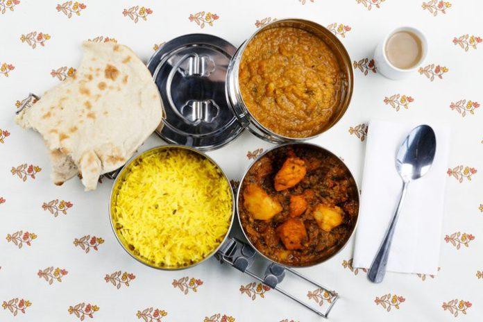 India - Quando la schiscetta non basta più: ecco come si fa la pausa pranzo nel mondo