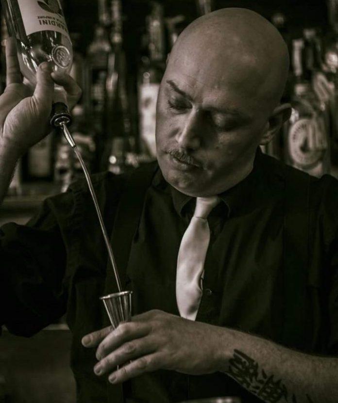 Mauro Uva, dal triveneto ecco il bartender che corteggia… grappa e licheni