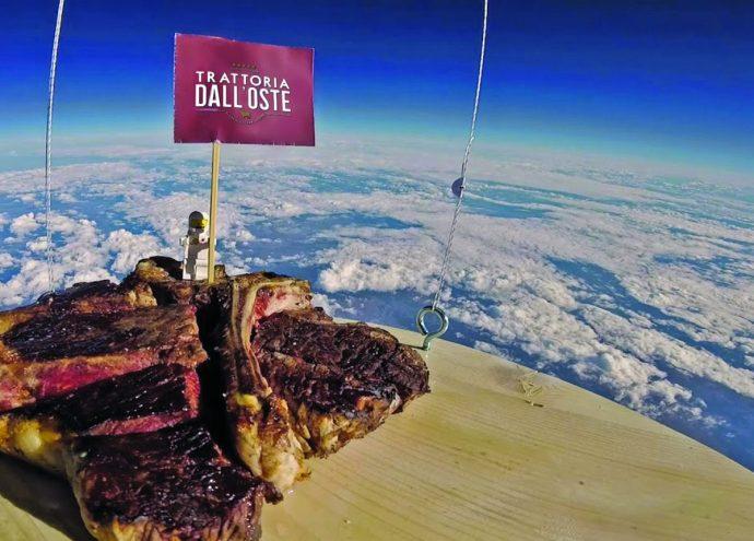 bistecca alla fiorentina nello spazio