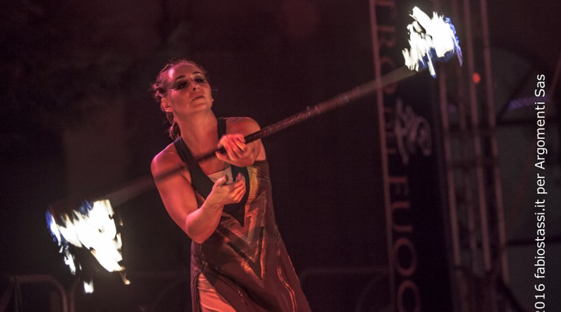 Il Teatro del Fuoco - International Firedancing Festival ricerca hostess/steward
