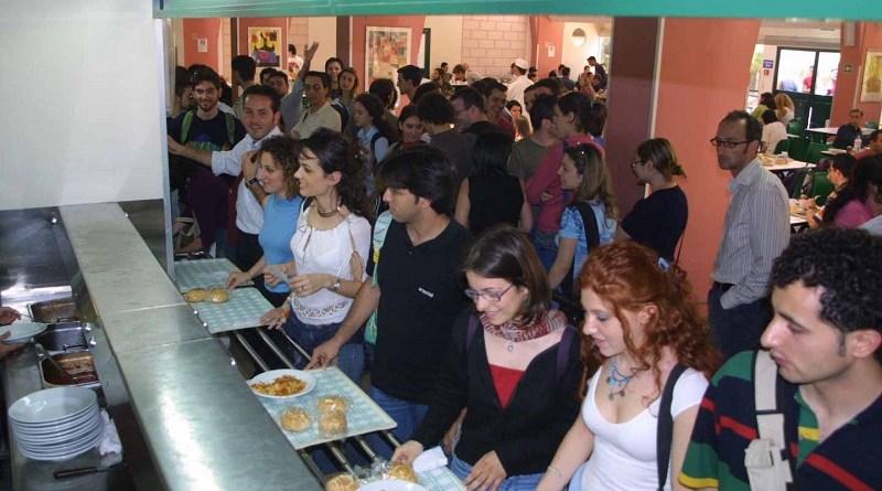 Addetti alla mensa Palermo, il lavoro che c'è: si cercano addetti alla mensa per un'importante azienda sul territorio. I requisiti per candidarsi Mensa università di Palermo, attimi di panico