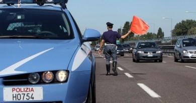 Polizia Stradale incidente autostrada