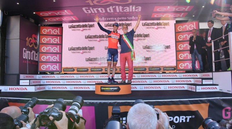 Vincenzo Nibali con il sindaco di Messina