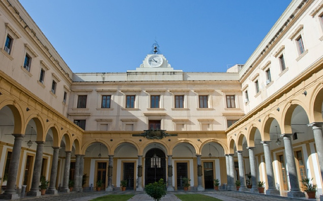Chiostro Casa dei Padri Teatini - Giurisprudenza - Università degli studi di Palermo