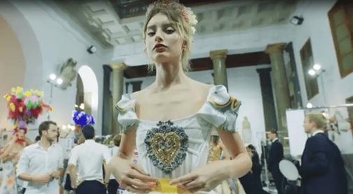 abito di Dolce&Gabbana su Gattopardo