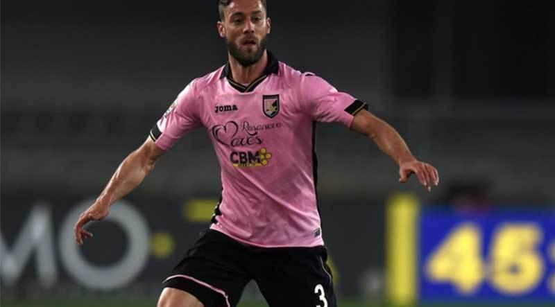 Pro Vercelli - Palermo 0 - 0. Il Palermo interrompe la serie negativa a Vercelli ma spreca un'occasione d'oro per riavvicinarsi alla vetta della classifica
