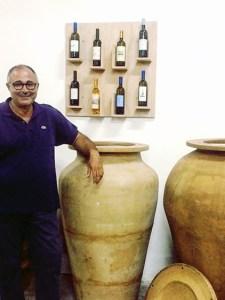 Caravaglio, vinificazione Malvasia in anfora