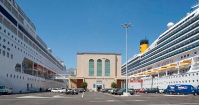 navi da crociera al Porto di Palermo