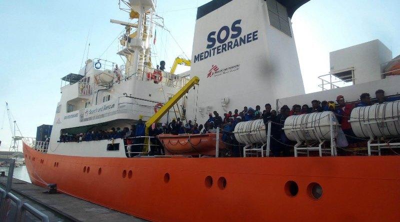 Sbarca a Catania nave Acquarius: a bordo 105 migranti fuggiti dalla Libia$