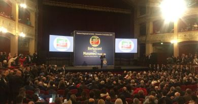 Berlusconi per Musumeci Teatro Politeama