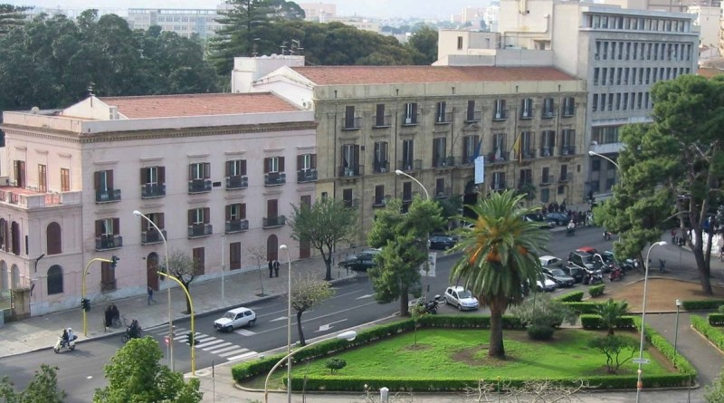 Polemiche sul decreto firmato da Crocetta sul riordino delle società partecipate in capo alla Regione, che fa seguito a quanto indicato dalla legge Madia