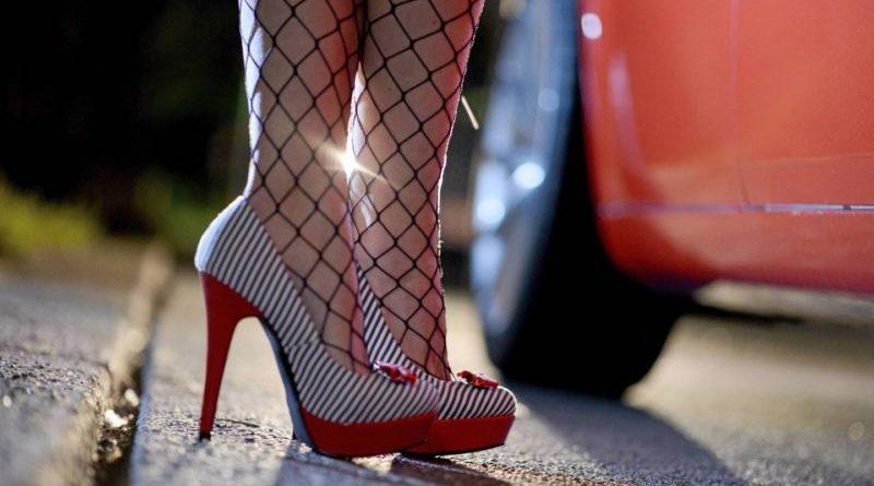Ordinanza antiprostituzione, prime sanzioni della Polizia Municipale con agenti in borghese che hanno multato due clienti