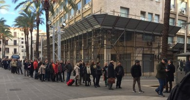 Palermo, il servizio di sicurezza rallenterebbe troppo l'accesso al Tribunale generando lunghissime file e causando il ritardo delle udienze