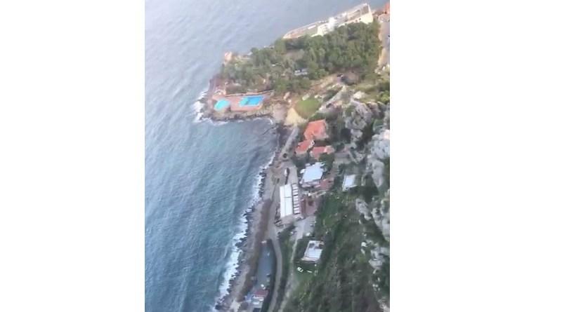 Le riprese, effettuate da un elicottero, della Riservanaturale orientata di Capo Gallo, a Palermo, con vista anche sul golfo di Mondello