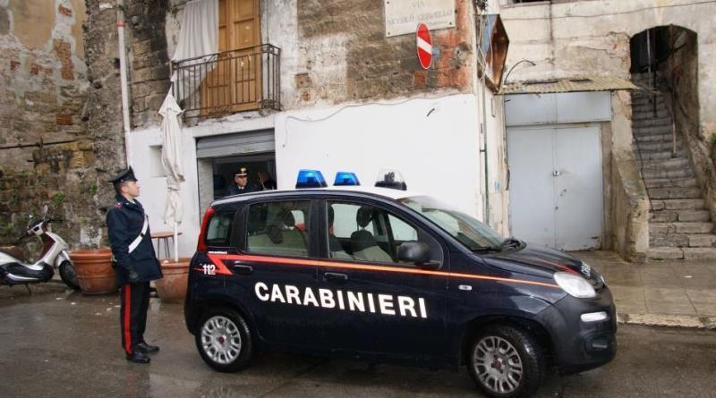 Palermo, controlli alla Kalsa: un arresto e sanzioni per alcuni esercizi commerciali