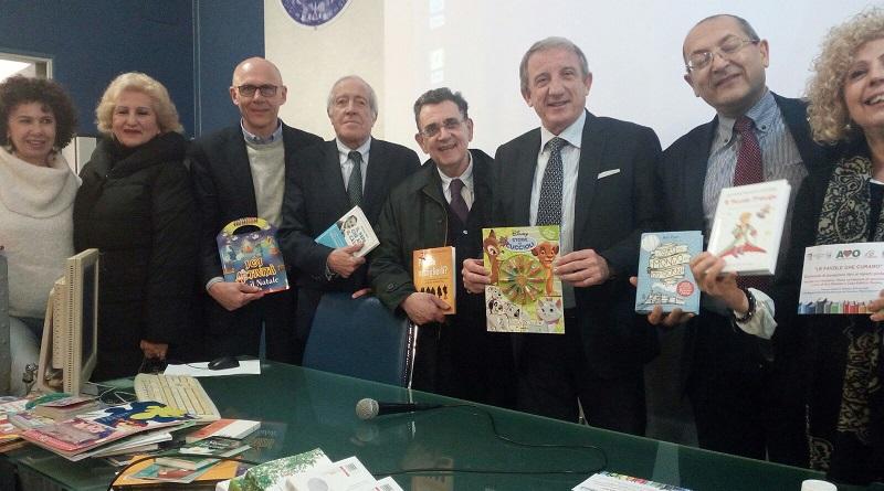 """Grazie all'iniziativa Le Favole che curano 150 libri sono stati donati ai piccoli pazienti ricoverati nei reparti di Pediatria di Villa Sofia-Cervello e del Policlinico """"Giaccone"""""""