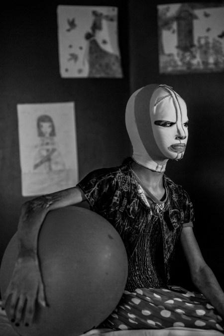 """""""Manal, War Portraits"""", di Alessio Mamo, fotografo freelance siciliano"""
