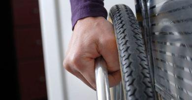 Santa Flavia, fine dei disagi per una piccola disabile: scuola acquista il montascale