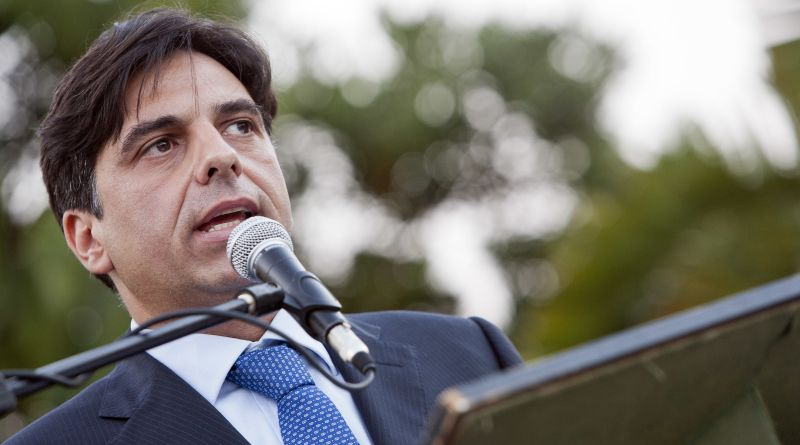 Sarà l'eurodeputato Salvo Pogliese il candidato sindaco che Forza Italia indicherà agli alleati del centrodestra, per le elezioni amministrative di Catania del prossimo giugno.
