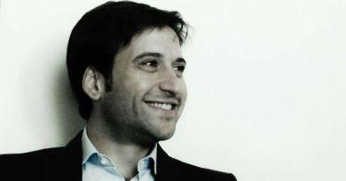 Il consigliere comunale, già candidato sindaco alle scorse amministrative con il centrodestra, Fabrizio Ferrandelli, commenta la decisione del cda della Gesap di respingere le dimissioni di Fabio Giambrone, candidato nelle liste del Pd alle scorse elezioni politiche.