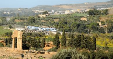 In occasione della 73ª edizione del Mandorlo in Fiore, torna il Mandorlo in Fiore Express il consueto appuntamento in treno storico da Palermo ad Agrigento