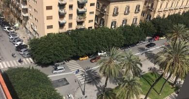Piazza Castelnuovo tutto pronto per la chiusura dell'ultimo tratto di via Paternostro e la conseguente istituzione del doppio senso nell'ultimo tratto di via Dante