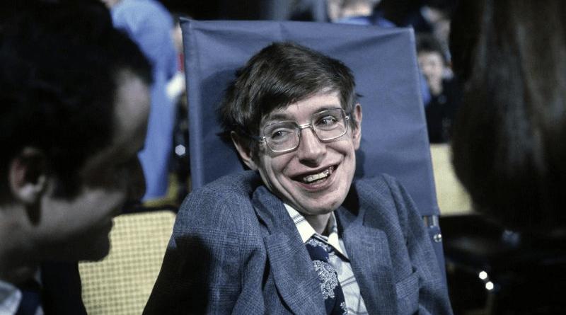 Stephen Hawking è morto all'età di 76 anni. La cosmologia è stata la sua passione tanto da scoprirei buchi neri e l'origine dell'universo