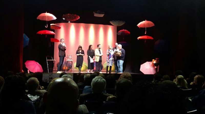 Grande partecipazione allo spettacolo di beneficenza in favore del Rifugio della Favorita Zampette in prima fila, che si è tenuto al Teatro Jolly di Palermo