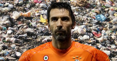 Buffon e l'immondizia