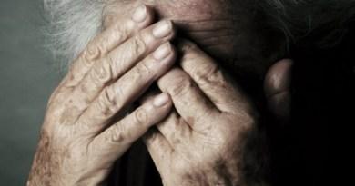 Violenta 90enne e minaccia la badante. A processo ex vigile urbano nel Palermitano