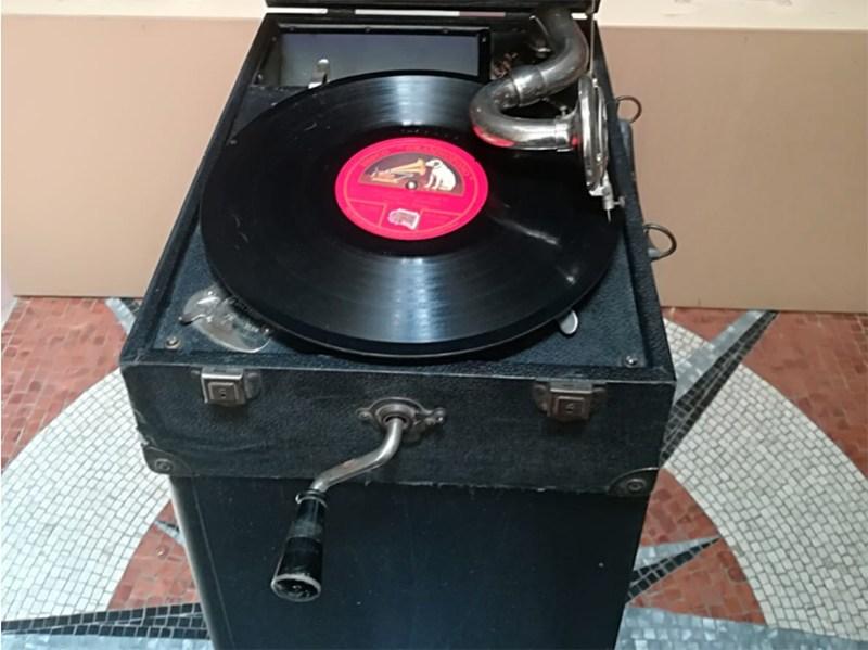 Fonovaligia della Decca