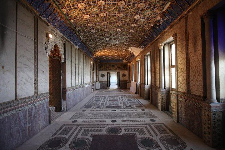 Palazzo Forcella - De Seta