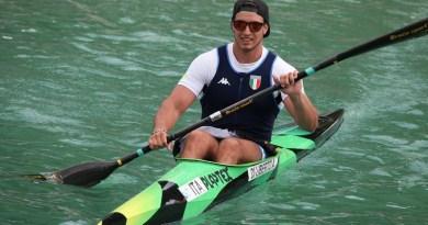 Andrea Di Liberto, Olimpiadi canoa ragazzo di 21 anni della società Trinacria, ha vinto la finale dei 200 metri nei Campionati Europei di canoa velocità junior e under 23