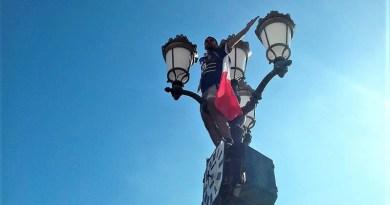 Tifoso francese a Nizza