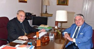 Il Commissario dell'Ente Parco delle Madonie Salvatore Caltagirone, ieri pomeriggio, si è recato in visita istituzionale dal Vescovo di Cefalù Monsignor Giuseppe Marciante